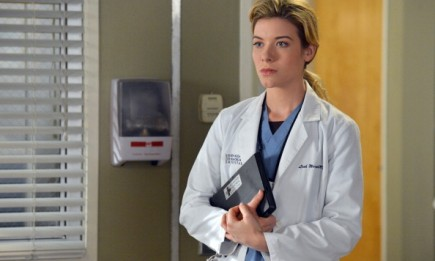 Tessa Ferrer as Leah Murphy on ABC's Grey's Anatomy.