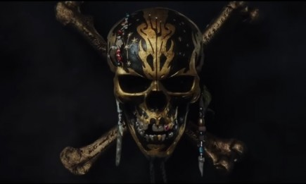 Pirates logo in 'Pirates of the Caribbean: Dead Men Tell No Tales' trailer