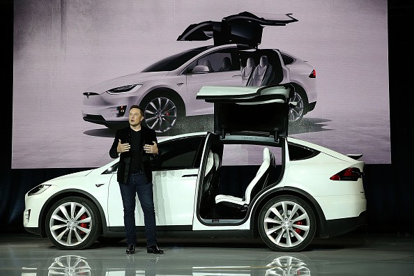 Tesla Motors Declares War on Base Models, Eliminates Cheap Model X60D