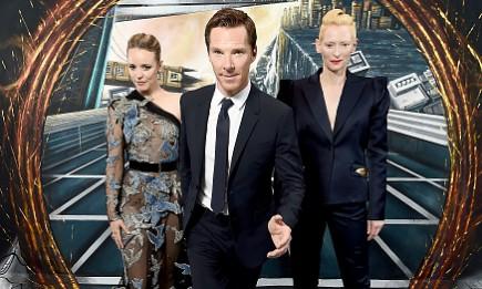 (L-R) Rachel McAdams, Benedict Cumberbatch and Tilda Swinton in front of the Doctor Strange inspired 3D Art at a fan screening.