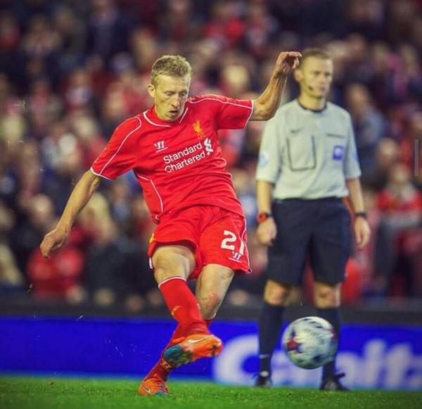 Lucas Soccer Player: Football News: Liverpool, Galatasaray Reach Lucas Leiva